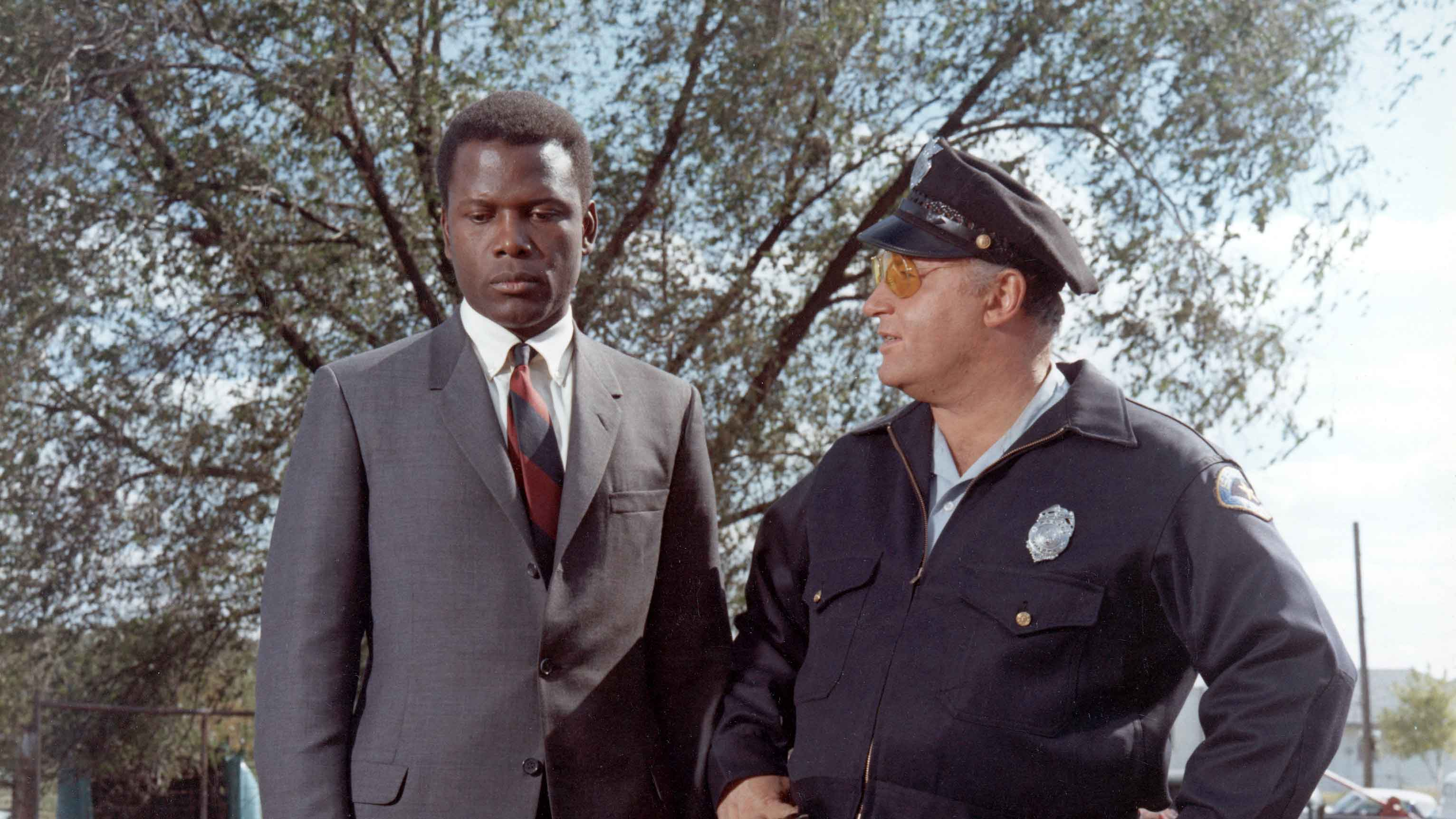 in the heat of the night novel essay John ball's 1965 mystery in the heat of the night tells the story of a black police officer named virgil tibbs who happens to be passing through a southern town at a particularly inauspicious moment.